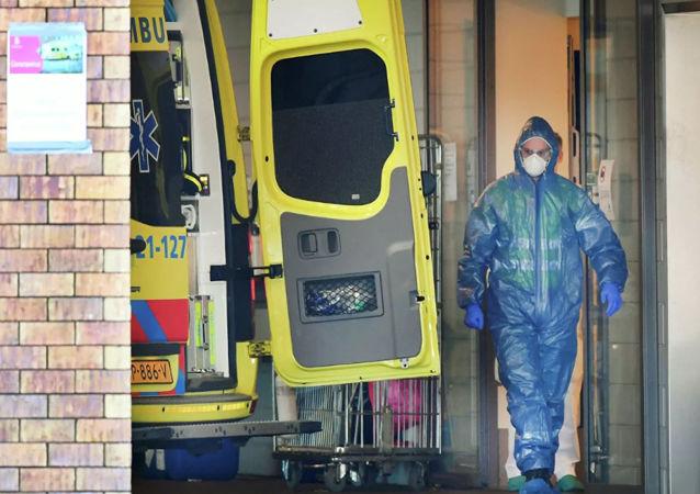 荷蘭新冠病毒確診人數突破2.6萬 2800多人死亡