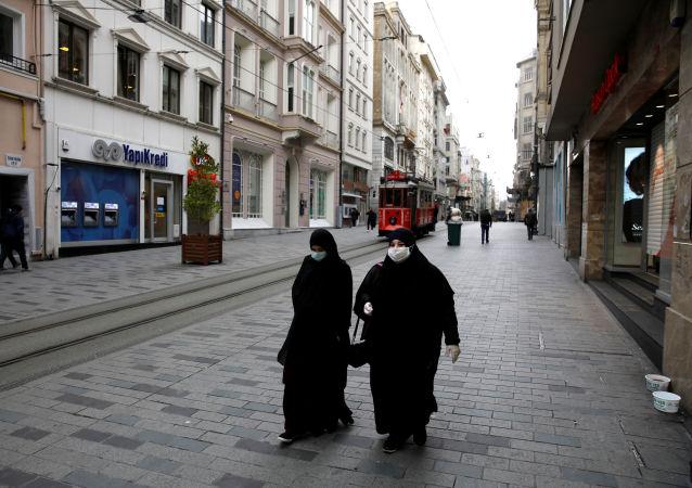 土耳其單日新增新冠病毒病例數再次破紀錄 超過4.4萬例