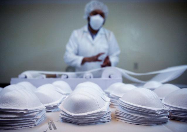 俄韃靼斯坦共和國從中國引進的設備開始生產醫用口罩