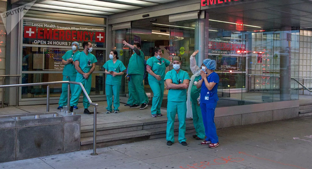 美國新增確診感染新冠病毒病例6.62萬例