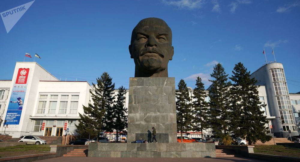 列寧紀念碑,烏蘭烏德