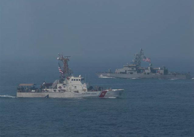 美國軍艦在波斯灣