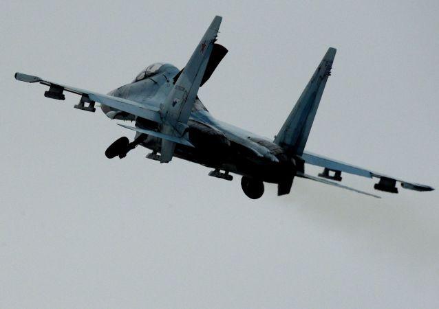 蘇-27戰鬥機