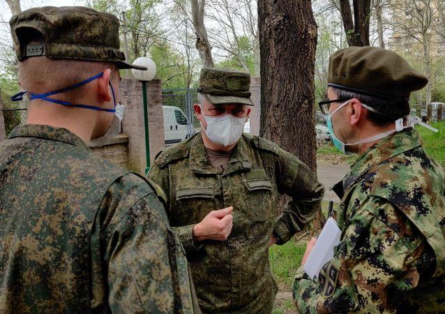 俄專家結束對塞爾維亞西南部醫療機構的消毒處理工作