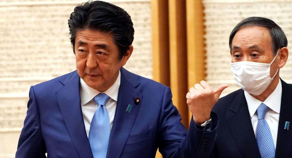 安倍晉三宣佈解除日本全國因新冠疫情進入的緊急狀態