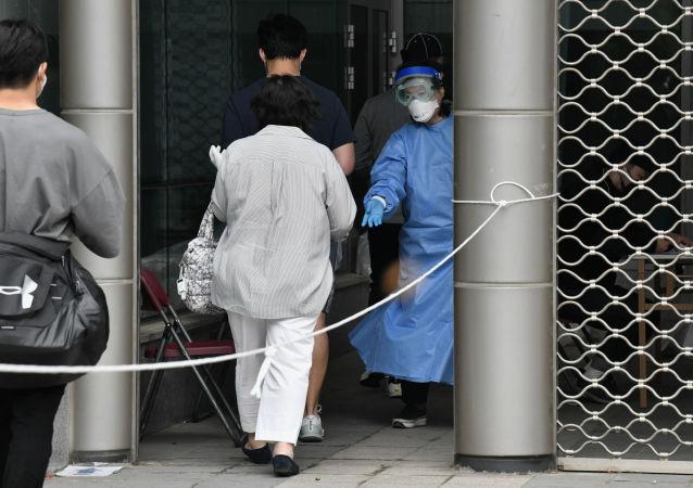 韓國首爾因新冠疫情關閉夜店