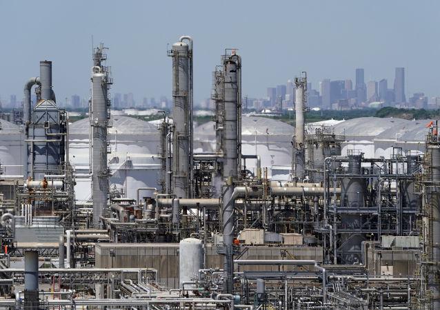 石油加工廠,美國