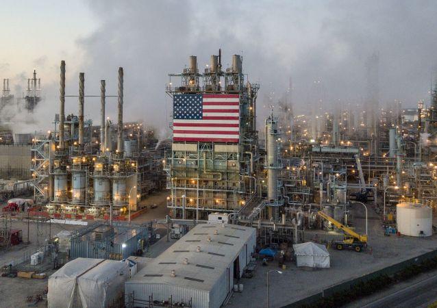 石油加工廠在洛杉磯