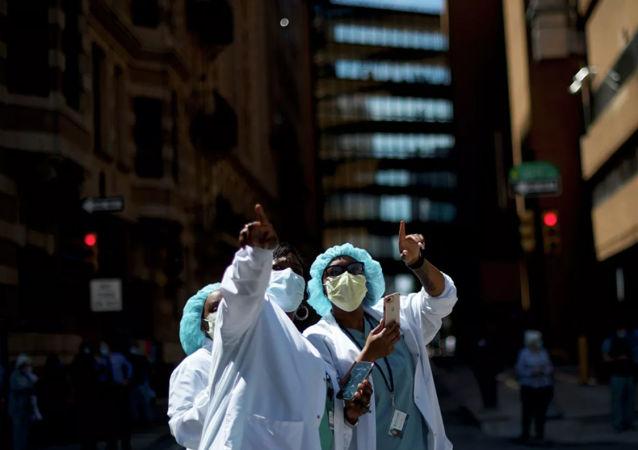 梅德韋傑夫:新冠病毒危機凸顯發達國家尚未做好應對風險的準備