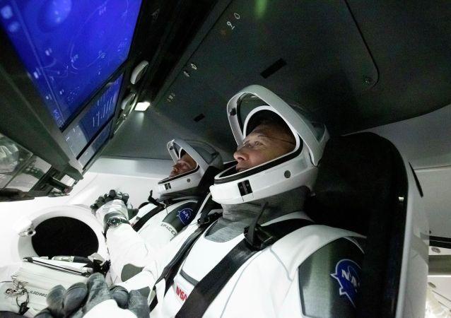 專家:載人「龍」飛船發射成功將迫使俄羅斯思考本國航天業現狀