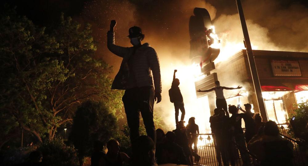 特朗普認為在明尼阿波利斯動用國民警衛隊過晚