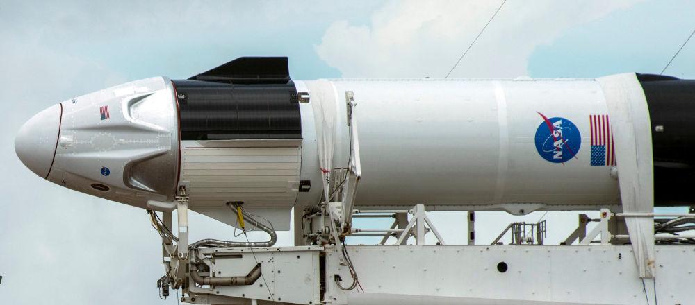 NASA:載人龍試驗飛行的乘員將飛船稱為奮進號