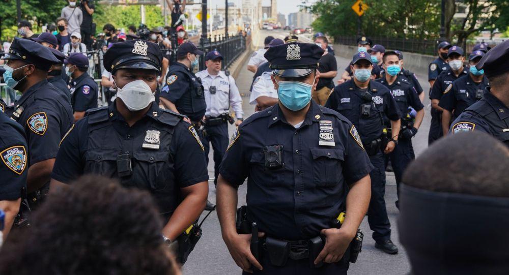 紐約將宵禁延長一天