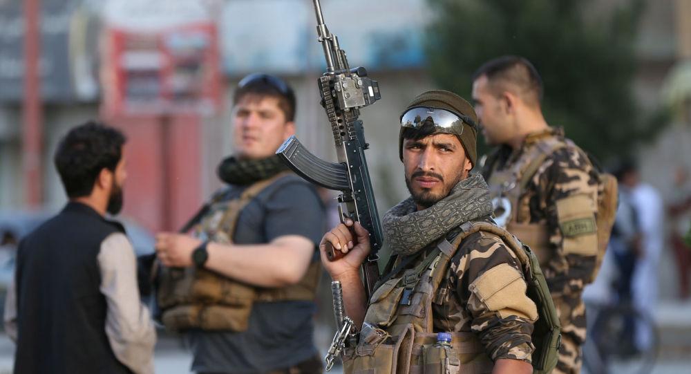 阿富汗內政部稱代孔迪省路邊地雷爆炸造成至少14人死亡