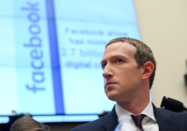 社交網絡臉書的創始人馬克•扎克伯格