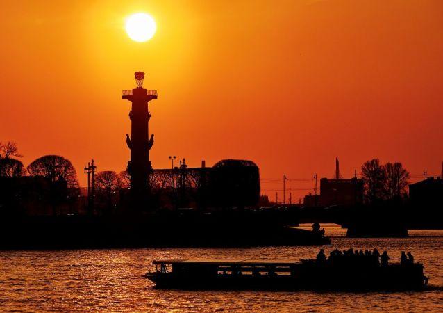 涅瓦河,聖彼得堡