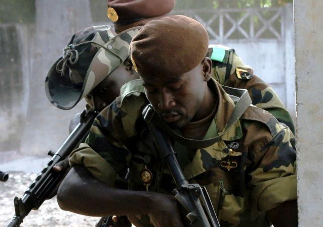 塞內加爾軍人