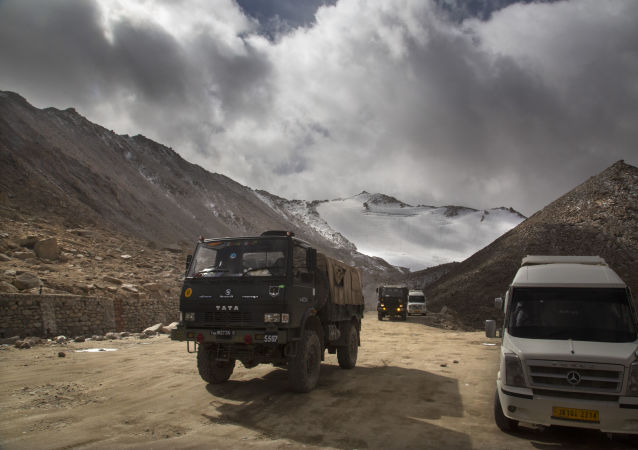 印度三軍特種部隊全部抵達班公湖