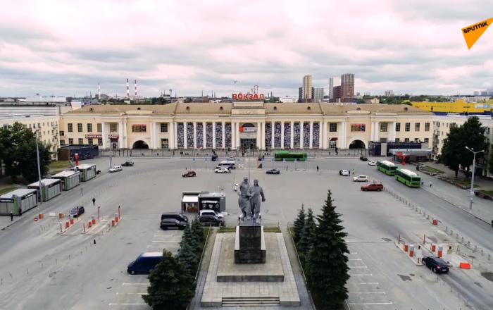 俄羅斯葉卡捷琳堡火車站紀念二戰戰士