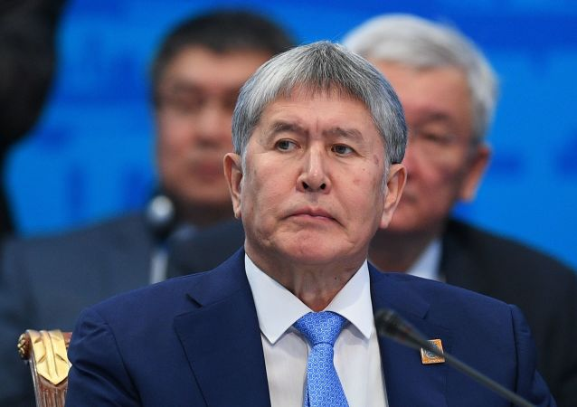吉前總統阿坦巴耶夫肺炎康復後被送回看守所
