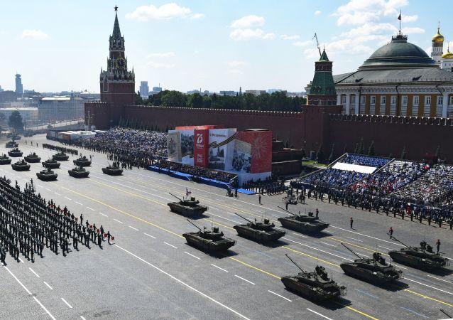 民調:俄羅斯人最喜歡看勝利閱兵的軍事裝備和分列式