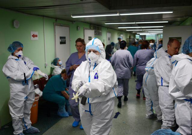 專家:再次採取全面抗疫隔離措施將破壞醫療衛生系統
