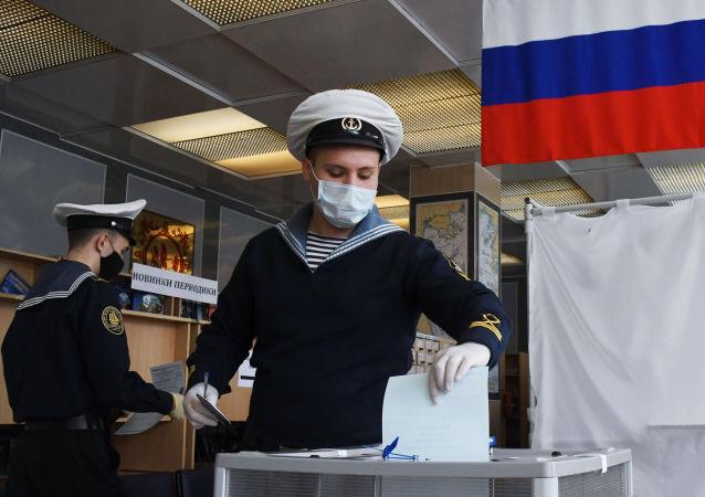 俄中選委:濱海邊疆區78.86%選民投票支持修憲
