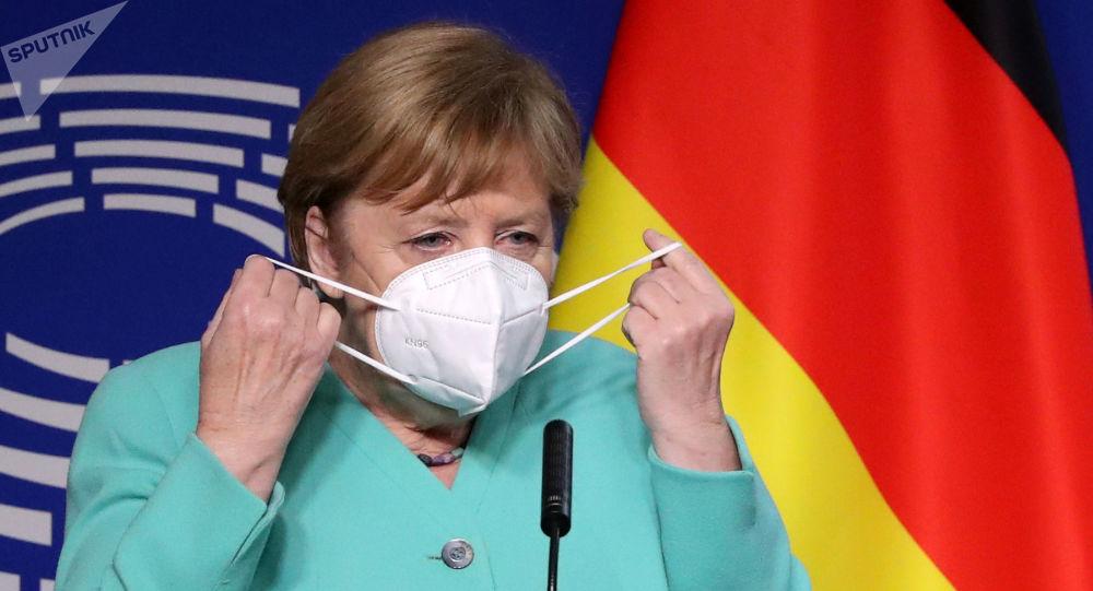 默克爾呼呼歐盟團結起來克服疫情帶來的危機